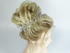 Accesoriu mireasa - ocazie floricele din perle si margele