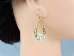 Cercei aurii si perle alb sidef