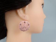Cercei broderie model floral roz