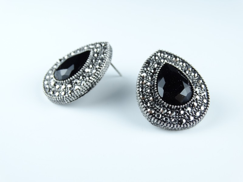 Cercei cristale negre si gri model para