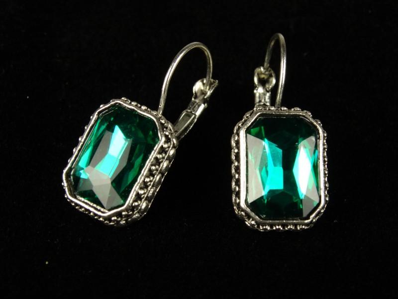 Cercei dreptunghiulari cristale verzi