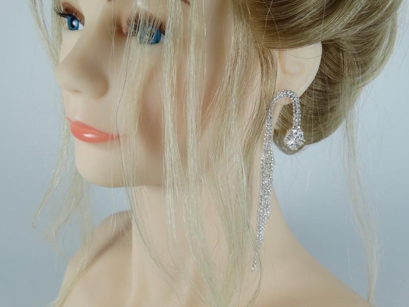 Cercei eleganti lungi argintii cristale