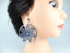 Cercei flori crosetate argintiu - albastru