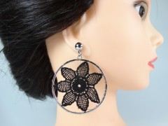 Cercei flori crosetate argintiu - negru