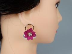 Cercei flori fucsia si perle