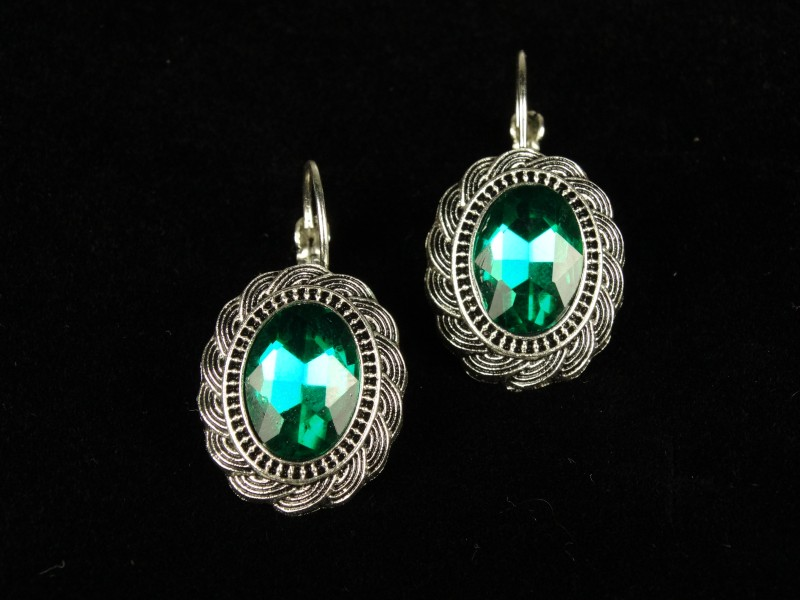 Cercei ovali mari cristale verzi