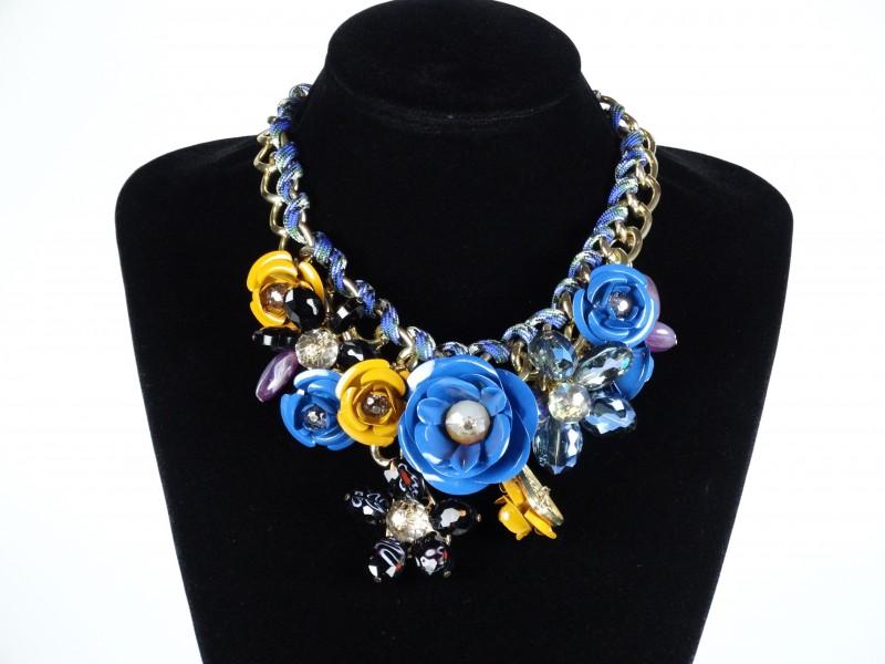 Colier motive florale - albastru