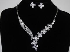 Set cercei si colier cristale model floral