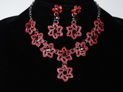 Set colier si cercei flori rosii