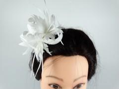 Voaleta model floral alba