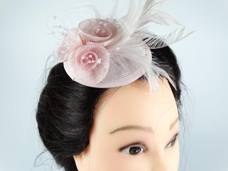 Voaleta model floral pene si margele roz